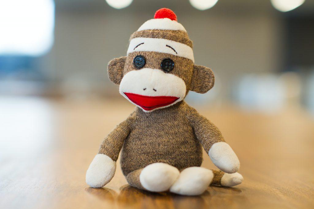 Peluche a scimmia